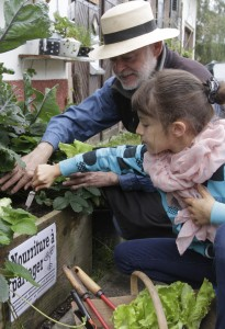 Francois Rouillay, founder of the Incredible Edible movement in France, passes on his skills to the next generation.